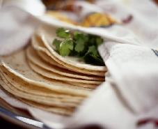 Easy Flour Tortillas | DianasDesserts.com