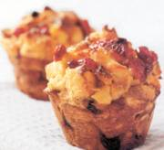 Bread Pudding Muffins | DianasDesserts.com
