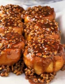 Cinnamon Sticky Buns | DianasDesserts.com