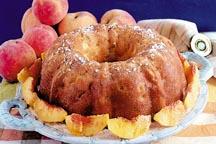 طريقه عمل حلويات سهله لمرضى Peach_Pound_Cake.jpg