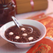 Sweet Red Bean Soup | DianasDesserts.com